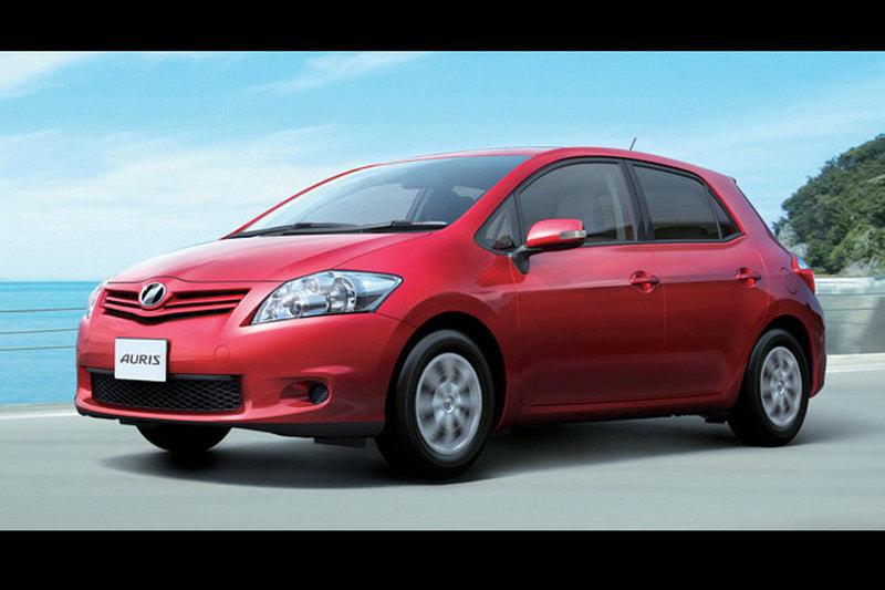 Toyota обновила хэтчбек Auris для японского рынка