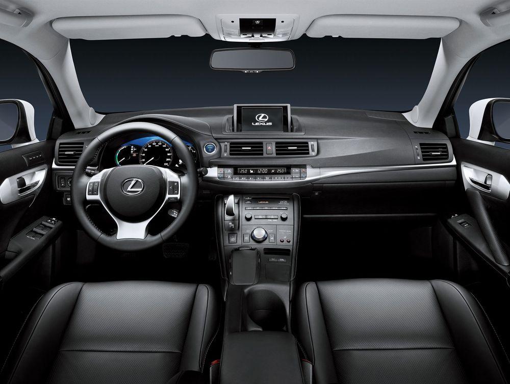 Салон Lexus CT Фото Lexus.