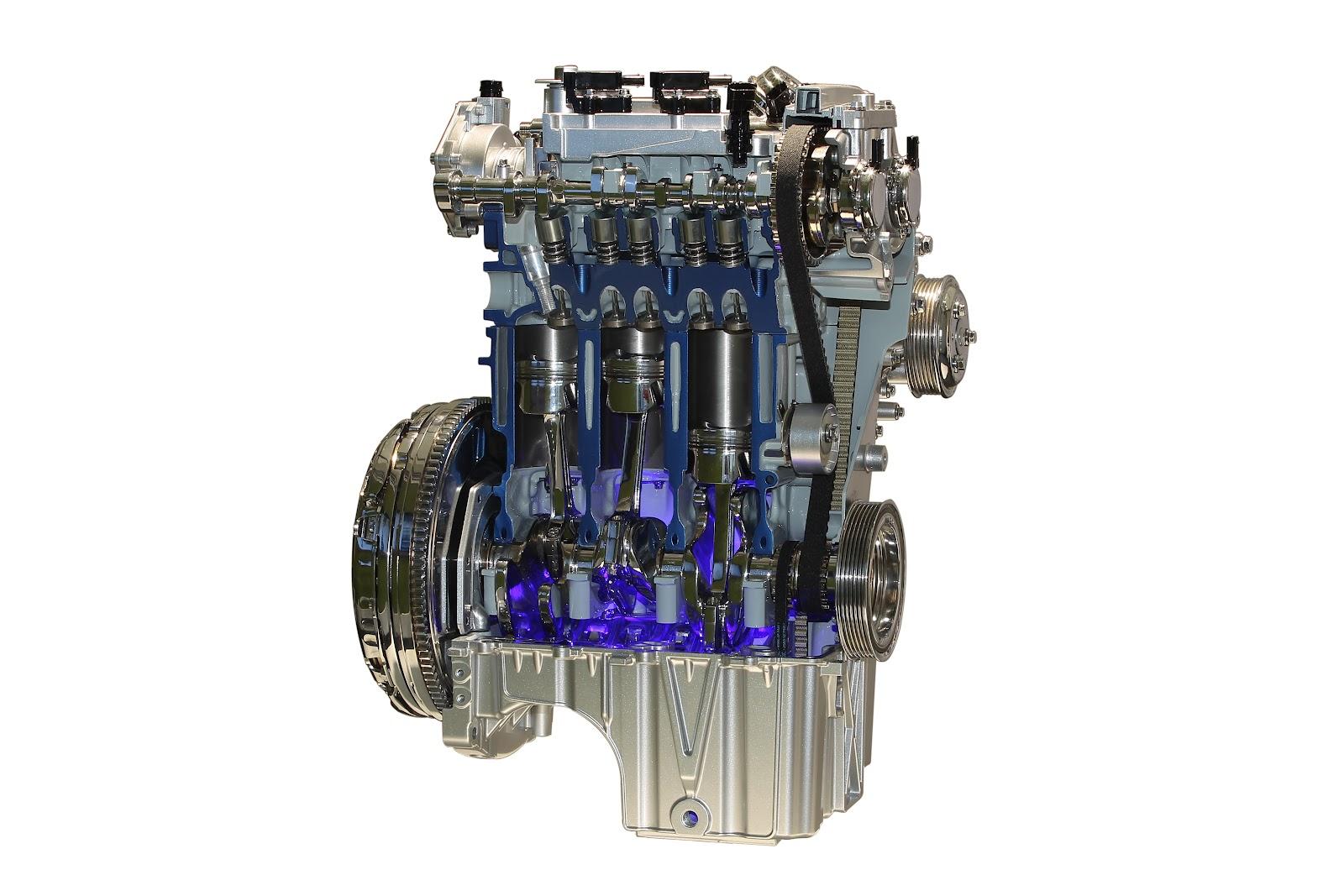 999 кубовый 3 цилиндровый двигатель Ford назван лучшим в мире