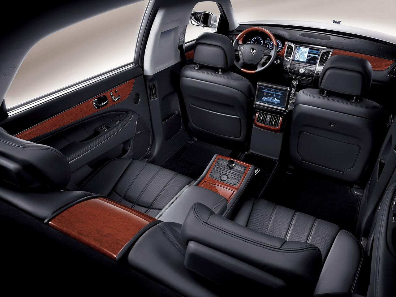 Hyundai начинает продажи удлинённой версии Equus Цена
