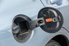 2,0-литровый Levorg нужно заправлять 98-м бензином (Premium). Версии 1.6 подойдет и 92-й (Regular)