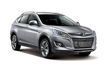 Автомобиль комплектуется одним из двух бензиновых двигателей с турбонаддувом по выбору клиента: 1,8-литровым мотором мощностью 150 л.с. (232 Нм) или 2,0-литровым агрегатом с отдачей в 170 л.с. (261 Нм).