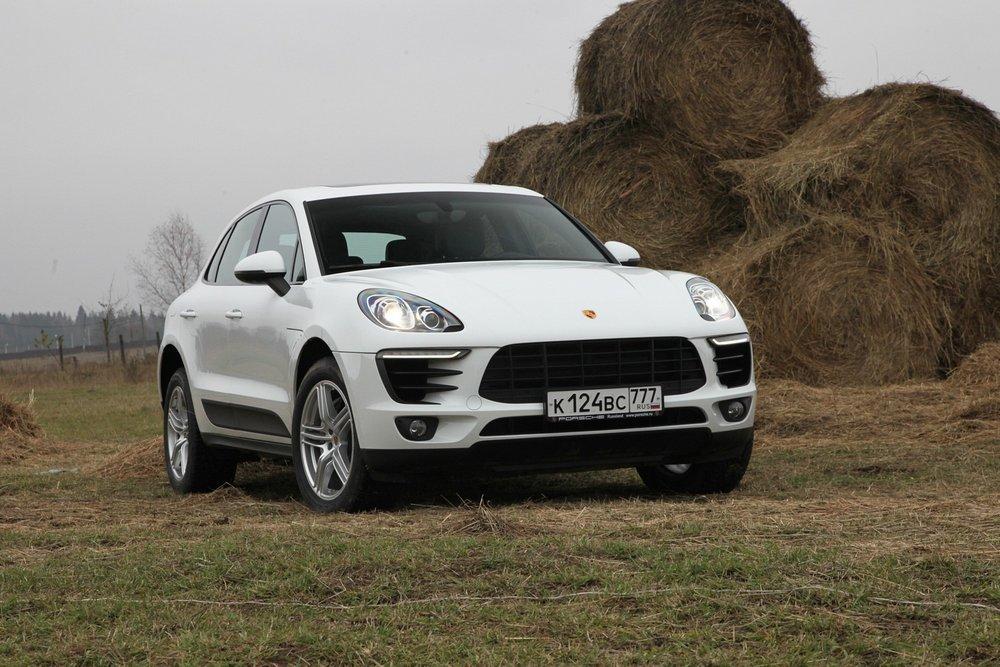 �� ������ ������� ����� ���� ������� Porsche � ������ ������� �� 30% � ��������� 4011 ��. ������� ������� � ���� ����������� ������ ���������� Macan.