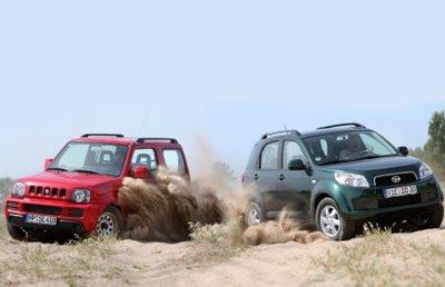 Daihatsu Bego Vs Suzuki Jimny