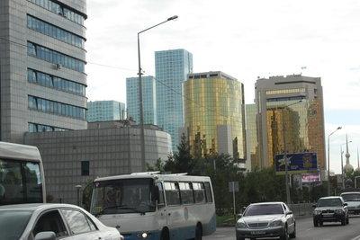 До границы остается 600 км...Кокчетав, Петровпавловск,Петухово.  Участок от Астаны до Кокчетава...