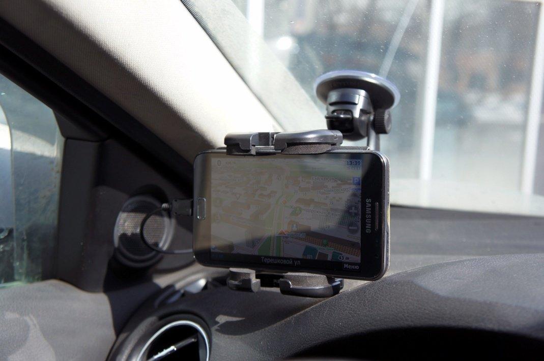 Рейтинг лучших автомобильных GPS-навигаторов 2 15