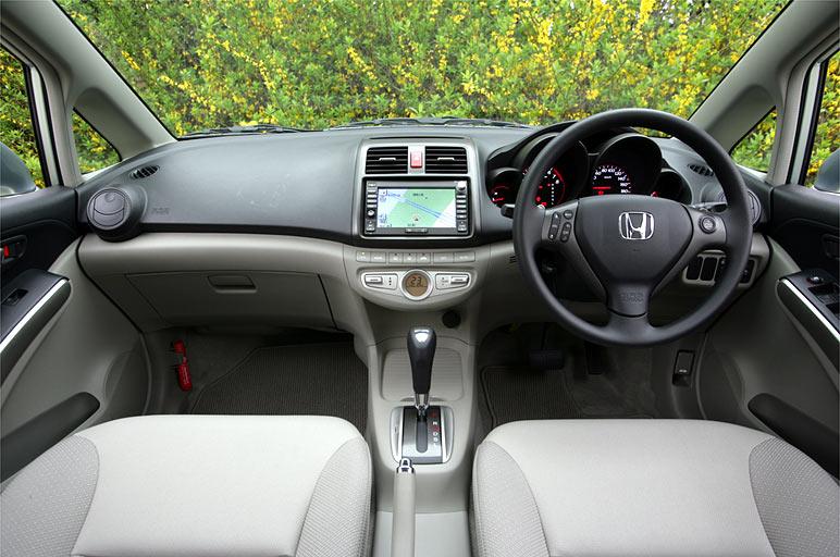Бежевый салон, руль, кпп Honda Air…