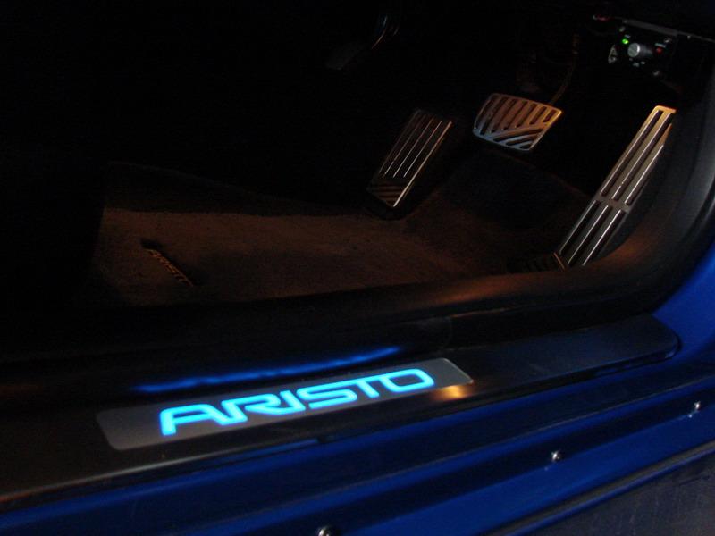 Надписи на машину тюнинг фото