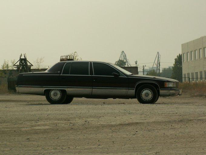 Cadillac Fleetwood.