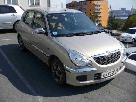 Daihatsu Storia 2002 - отзыв владельца