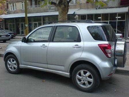 Daihatsu Terios 2006 - отзыв владельца