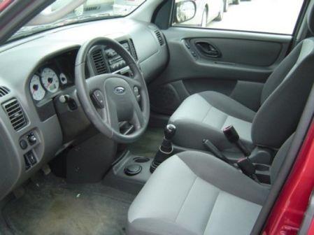 Ford Escape 2003 - ����� ���������
