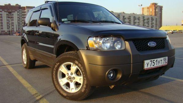 Ford Escape 2005 - отзыв владельца