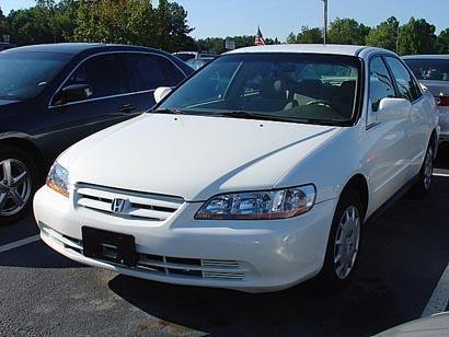 Honda Accord 2002 - отзыв владельца