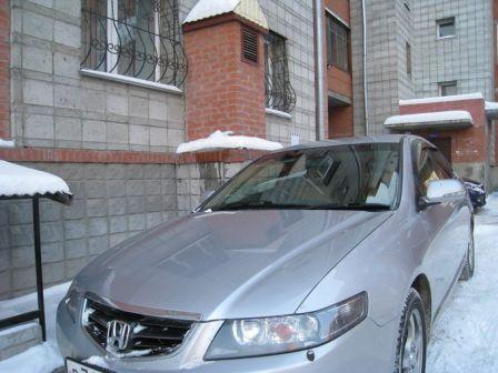 Honda Accord 2005 - отзыв владельца