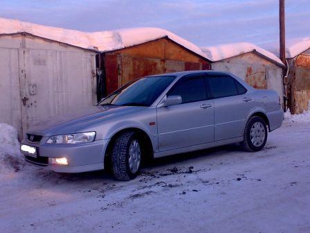 Honda Accord 2000 - ����� ���������