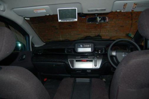 Honda Edix 2004 - отзыв владельца