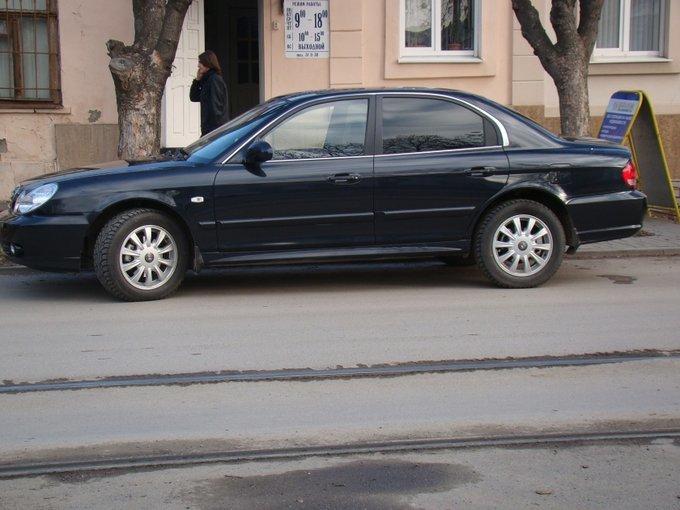 Hyundai Sonata.