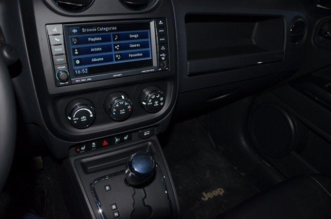 Jeep Compass.