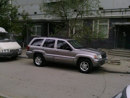Jeep Grand Cherokee 2000 - отзыв владельца