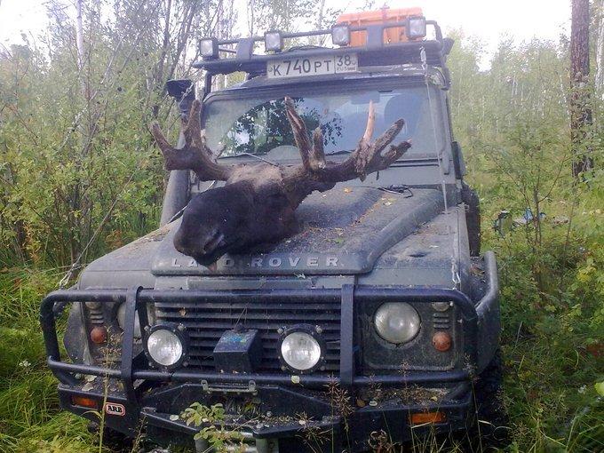Land Rover Defender.