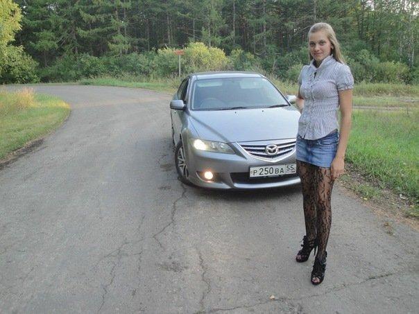 Mazda Atenza.