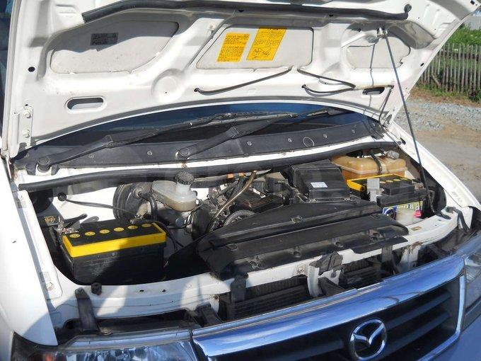 Mazda Bongo Friendee.