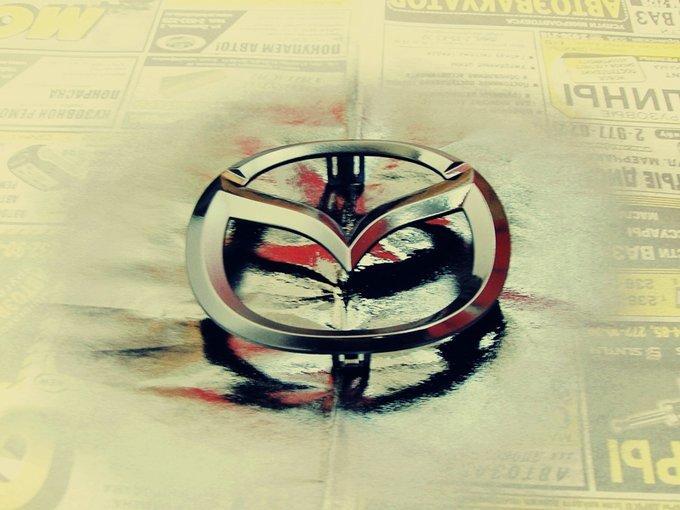 Mazda Demio.