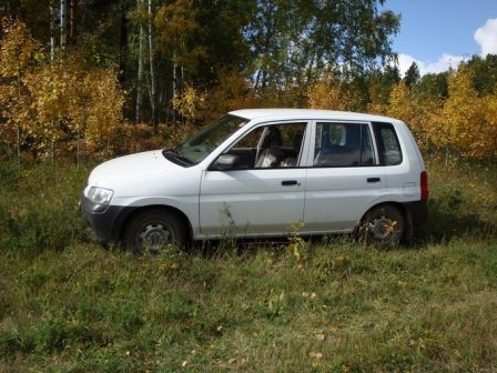 Mazda Demio 2002 - отзыв владельца