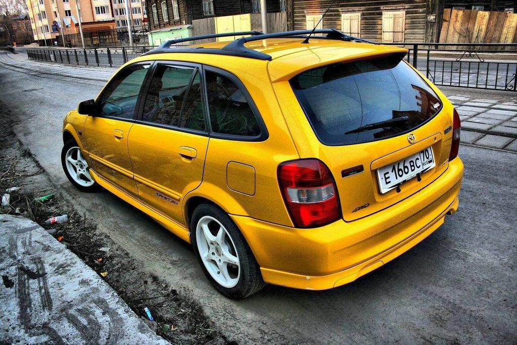 mazda familia s-wagon 2000 год