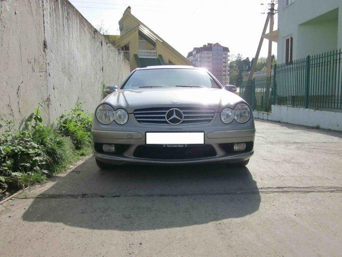 Mercedes-Benz CLK-Class.