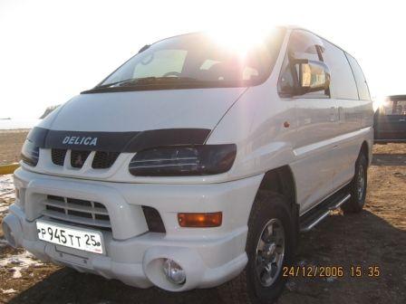 Mitsubishi Delica 2001 - отзыв владельца