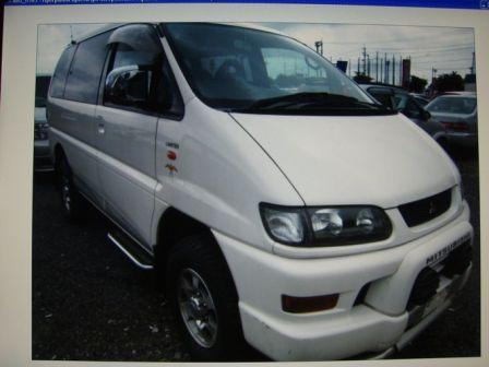 Mitsubishi Delica 2002 - отзыв владельца
