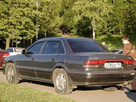 Mitsubishi Diamante 1991 - отзыв владельца