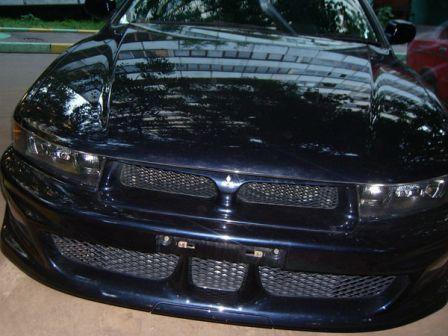 Mitsubishi Galant 2002 - отзыв владельца