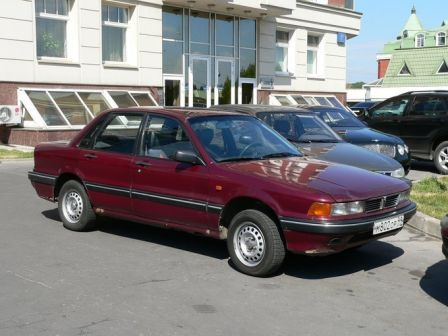 Mitsubishi Galant 1991 - отзыв владельца