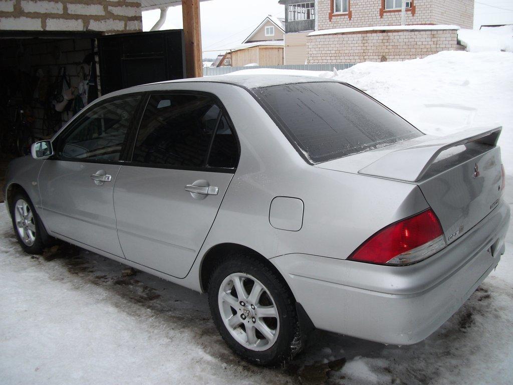 отзывы на авто митсубиси цедия 2001г