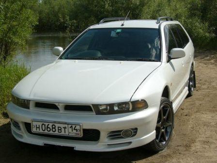 Mitsubishi Legnum 1998 - отзыв владельца