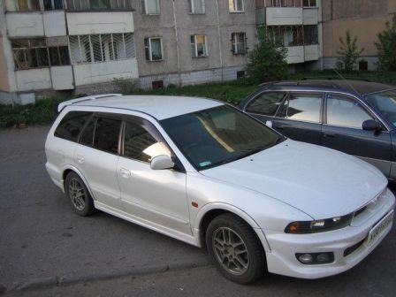 Mitsubishi Legnum 1999 - отзыв владельца