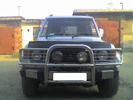 Mitsubishi Pajero 1988 - отзыв владельца