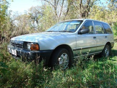 Nissan AD 1998 - ����� ���������