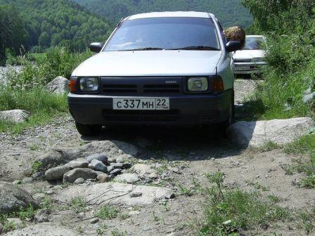 Nissan AD 1998 - отзыв владельца