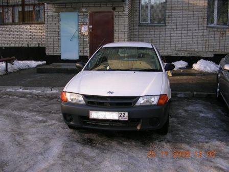 Nissan AD 2002 - ����� ���������