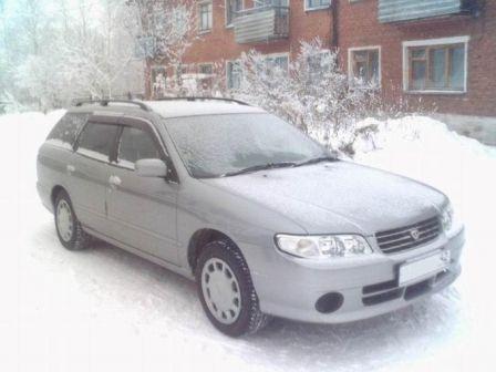 Nissan Avenir Salut 1999 - отзыв владельца