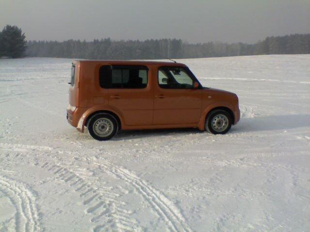 Nissan Cube.