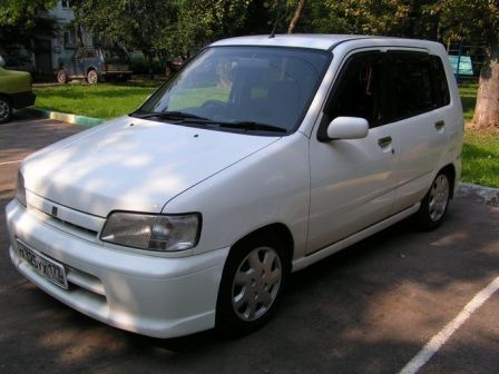 Nissan Cube 2000 - ����� ���������