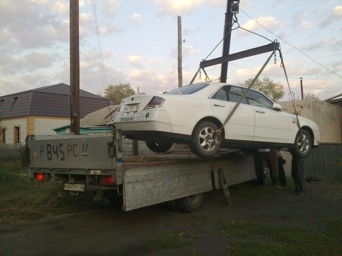 Nissan Gloria.