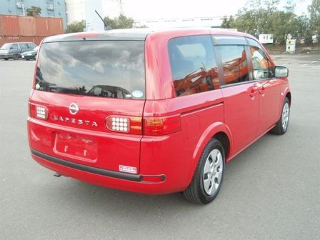 Nissan Lafesta 2005 - отзыв владельца