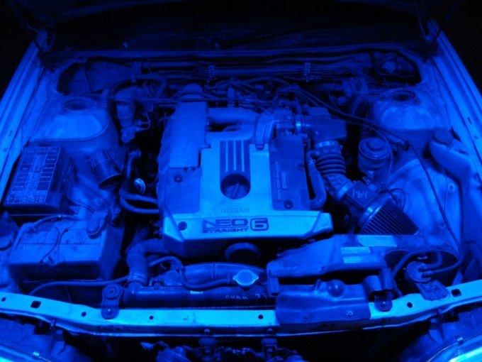 Nissan Laurel.