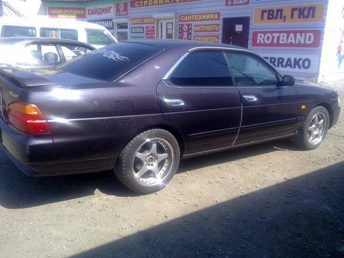Nissan Laurel.